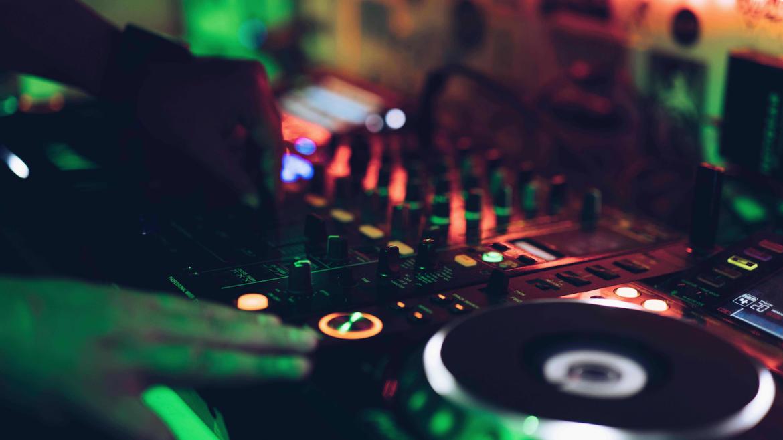 Kit DJ et Matériel pour Mixer